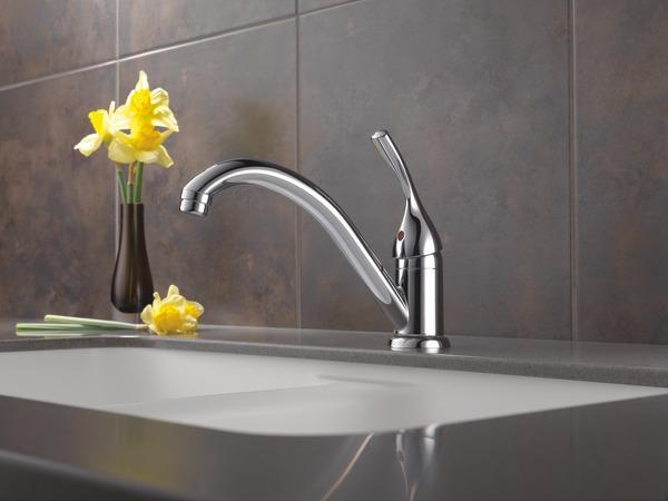 Single Handle Kitchen Faucet 101 Dst Delta Faucet