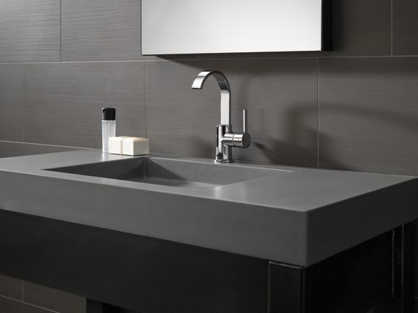 7 Faucet Finishes For Fabulous Bathrooms: Single Handle Bathroom Faucet 15630LF