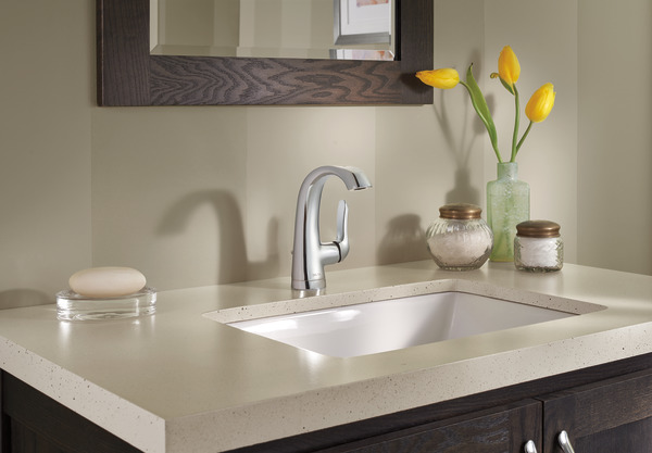 7 Faucet Finishes For Fabulous Bathrooms: Single Handle Centerset Bathroom Faucet 15714LF