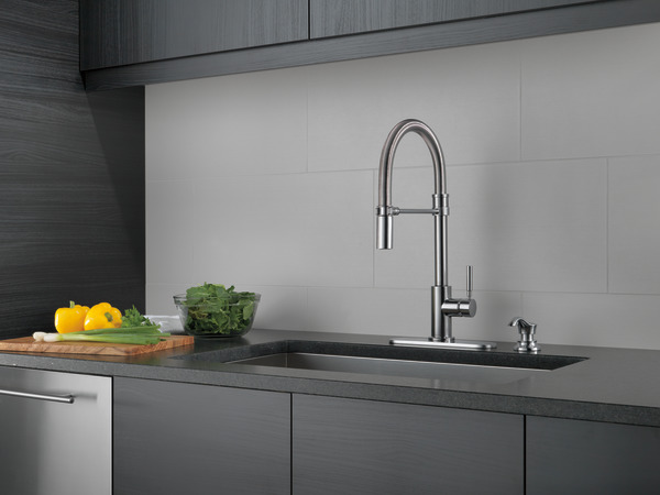 Commercial Single-Handle Pull-Down Kitchen Faucet 18933-ARSD-DST