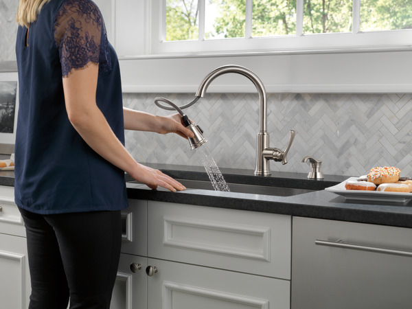 Pull Down Kitchen Faucet With Soap Dispenser 19963 Sssd