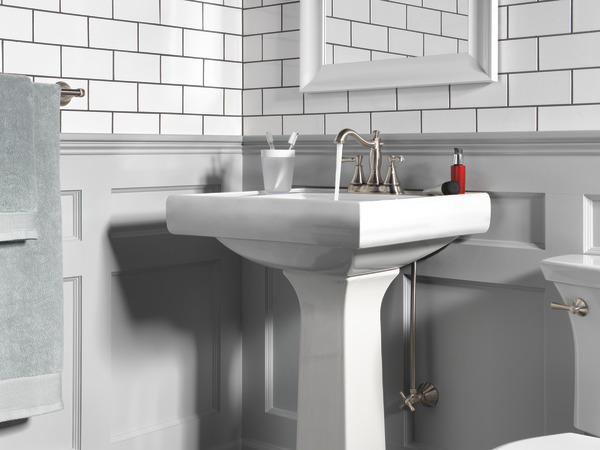 7 Faucet Finishes For Fabulous Bathrooms: Two Handle Centerset Bathroom Faucet