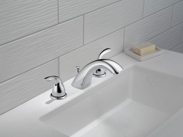 7 Faucet Finishes For Fabulous Bathrooms: Two Handle Widespread Bathroom Faucet 3530LF-MPU