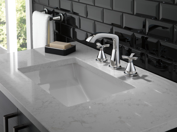 7 Faucet Finishes For Fabulous Bathrooms: Widespread Faucet 357766-MPU-DST