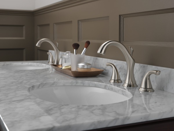 Delta Addison Chrome 2 Handle Widespread Watersense: Two Handle Widespread Bathroom Faucet 3592LF-SS