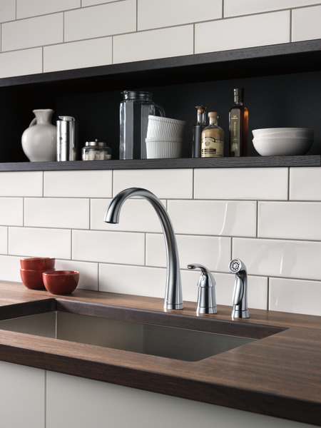 Single Handle Kitchen Faucet With Spray Delta Faucet