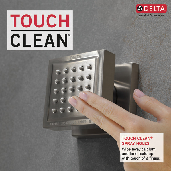 50150-SS_TouchCleanShowers_Infographic_WEB.jpg