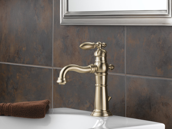 Delta Victorian 555lf Single Handle Centerset Bathroom: Single Handle Bathroom Faucet 555LF-CZ