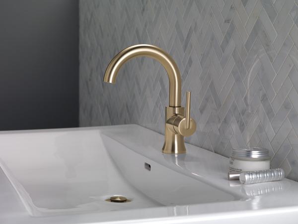 Single Handle High Arc Bathroom Faucet 559ha Cz Dst Delta Faucet