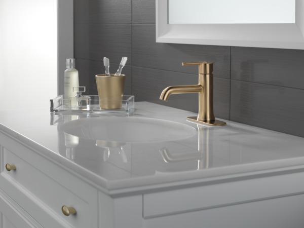 Single Handle Bathroom Faucet 559lf Czmpu Delta Faucet