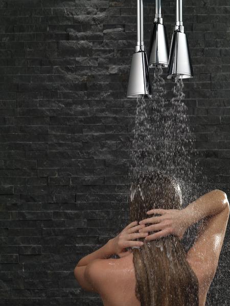 57140_MODEL_WATER_10_WEB.jpg