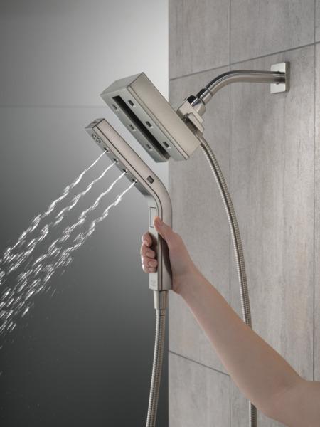 58473-SS25_MODEL_WATER_02_WEB.jpg