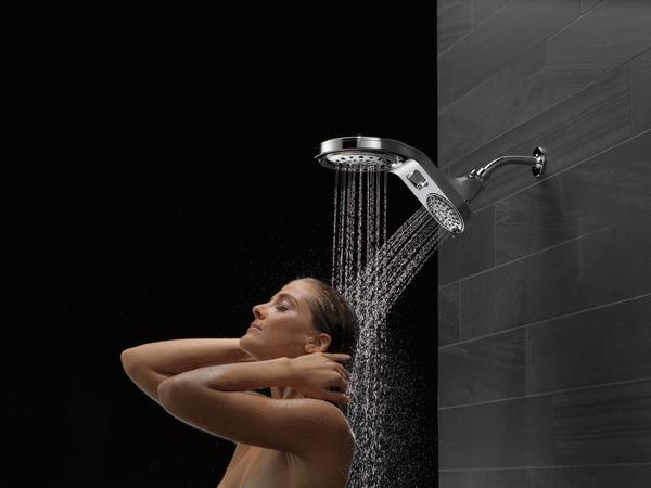 58580-25-PK_MODEL_WATER_08_WEB.jpg
