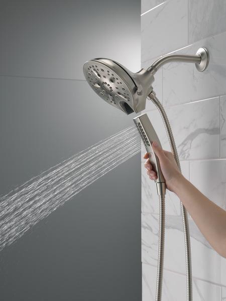 58620-SS25-PK_MODEL_WATER_02_WEB.jpg