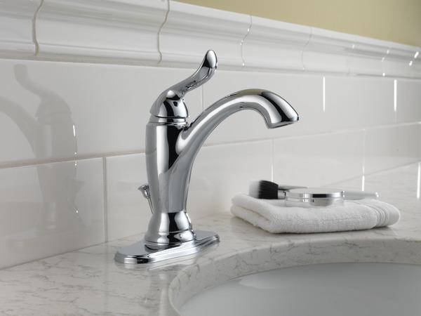7 Faucet Finishes For Fabulous Bathrooms: Single Handle Bathroom Faucet 594-MPU-DST