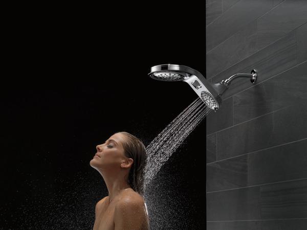 75593_MODEL_WATER_14_WEB.jpg