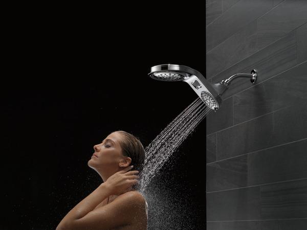 75593_MODEL_WATER_15_WEB.jpg