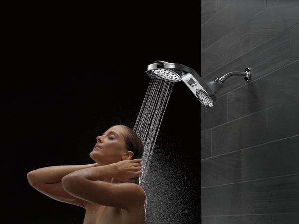 75598C_MODEL_WATER_03_WEB.jpg