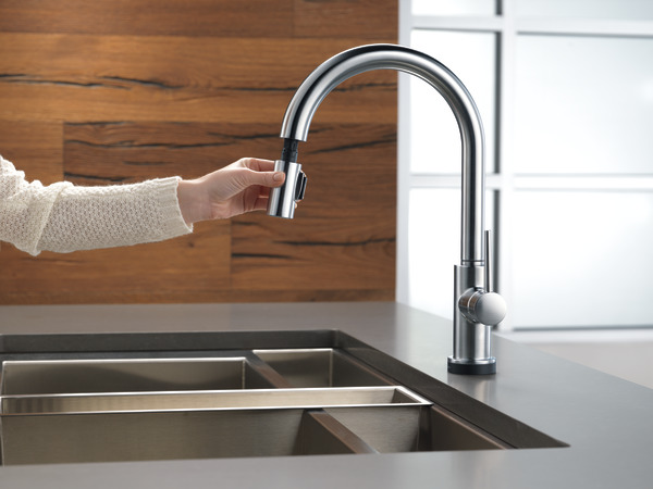Single Handle Pull Down Kitchen Faucet With Touch2o