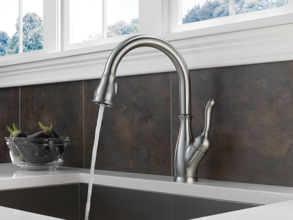 and handle faucets in leland delta magnatite ar arctic with faucet p single cassidy docking stainless out sprayer kitchen shieldspray pull dst down