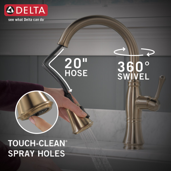 9197-CZ-PR-DST_PullDownHose-360Swivel-TouchClean_Kitchen_Infographic_WEB.jpg