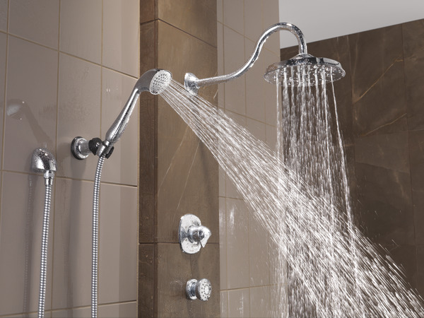 ADDISON_CUSTOM_SHOWER_RP61266_RP61273_RP61274_T11992_57923_50102_50560_WATER_WEB.jpg