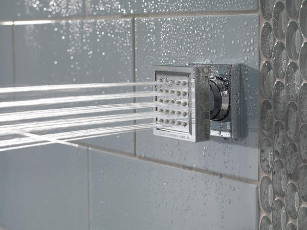 ARA_CUSTOM_SHOWER_50150_WATER_WEB.jpg