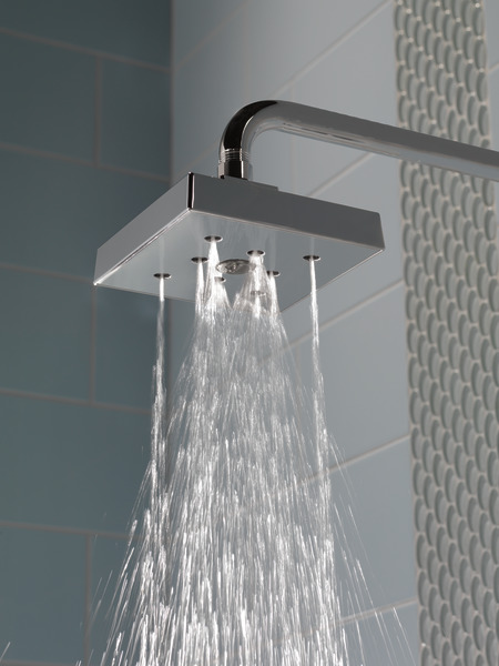 ARA_CUSTOM_SHOWER_T17T267_RP70171-20_RP46870_RP51034_WATER_WEB.jpg