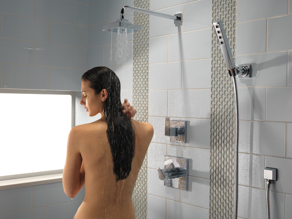 ARA_CUSTOM_SHOWER_T17T267_T11967_55567_50150_50570_T17T067_RP70171_RP46870_RP51034_WATER_MODEL_WEB.jpg