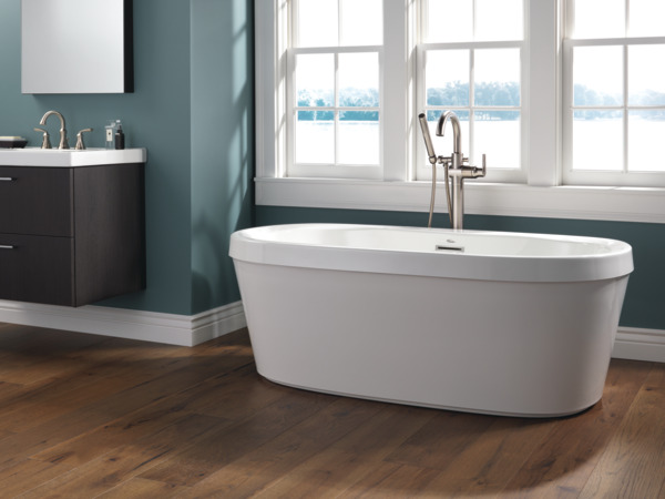60 X 32 Freestanding Tub With Integrated Waste And Overflow B14416