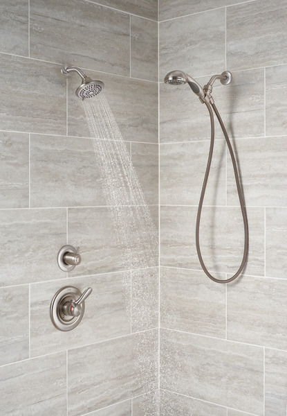 LAHARA_CUSTOM_SHOWER_T17238-SS_T11800-SS_56613-SS_RP6025SS_RP40593SS_WATER_01_WEB.jpg