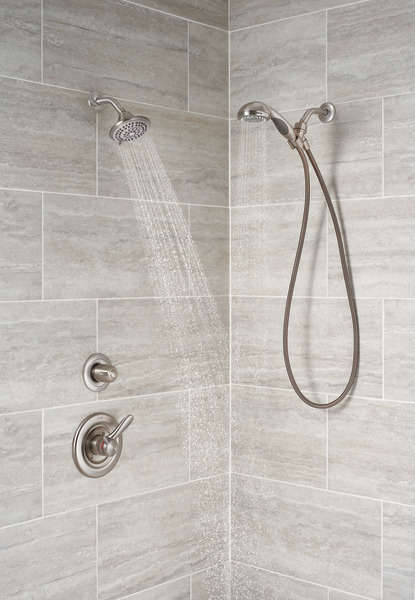 LAHARA_CUSTOM_SHOWER_T17238-SS_T11800-SS_56613-SS_RP6025SS_RP40593SS_WATER_02_WEB.jpg