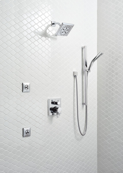 PIVOTAL_CUSTOM_SHOWER_52664_RP6023_RP46872_T27999_51799_50570_T50210_SH5005_WEB.jpg