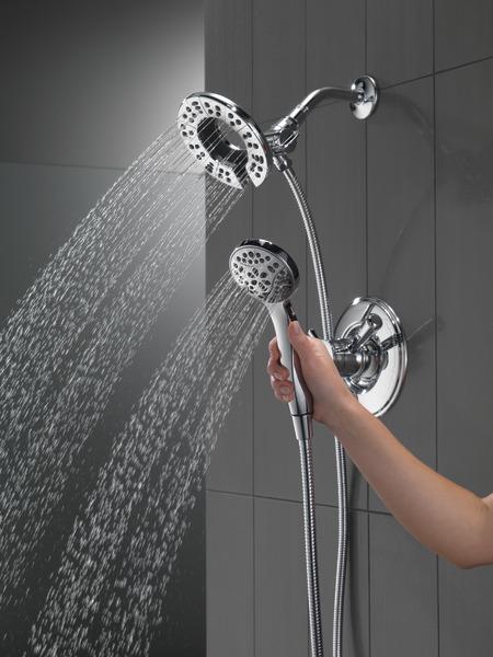 T17293-I_MODEL_WATER_05_WEB.jpg