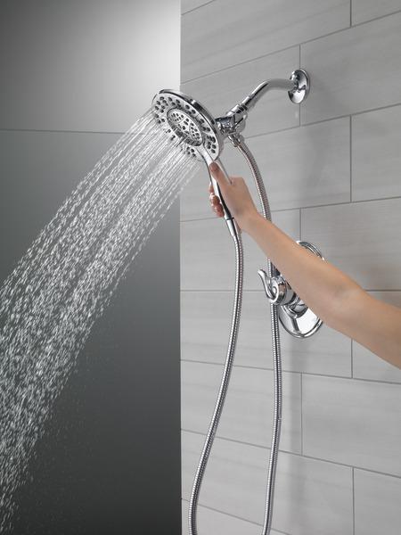 T17294-I_MODEL_WATER_01_WEB.jpg