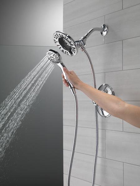 T17294-I_MODEL_WATER_03_WEB.jpg
