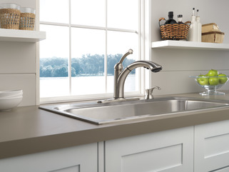Delta Lewiston Kitchen Faucet  Sssd Dst