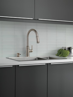 19935 Sssd Dst Single Handle Pull Down Kitchen Faucet