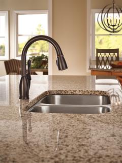 Pull Down Kitchen Faucet 19939 Rb Dst Delta Faucet